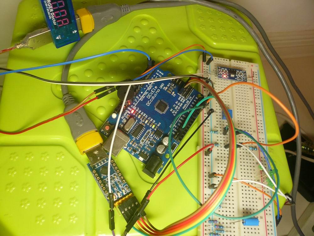 arduino uno + 舵机 + 电磁阀,自动浇水实验.