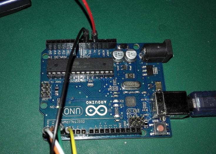 求大神指点:arduino uno r3开发板,uln2003驱动板,5v电机.